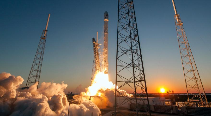 Falcon 9 dscovr launch 879x485