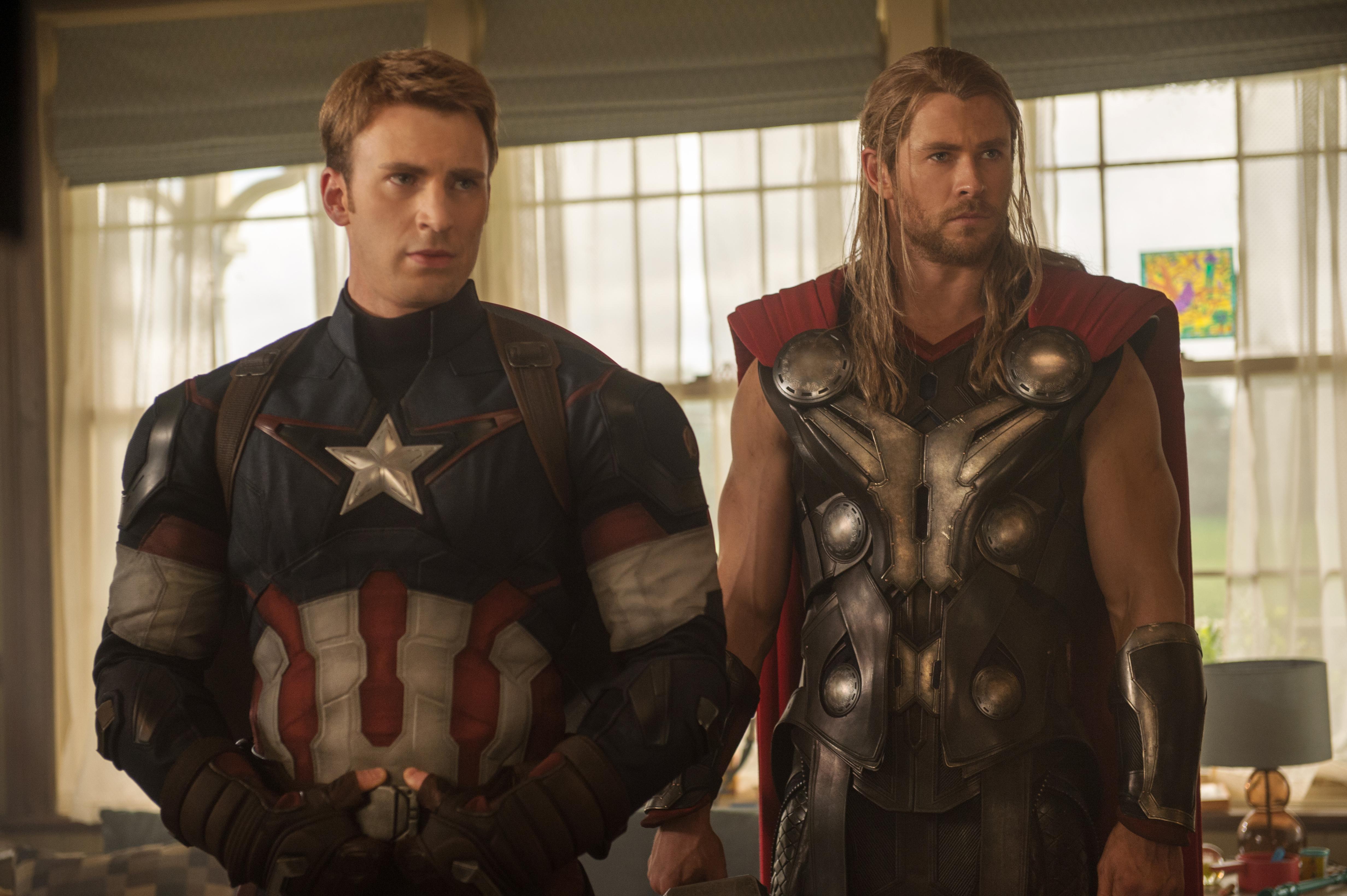 Avengers age of ultron chris evans chris hemsworth1