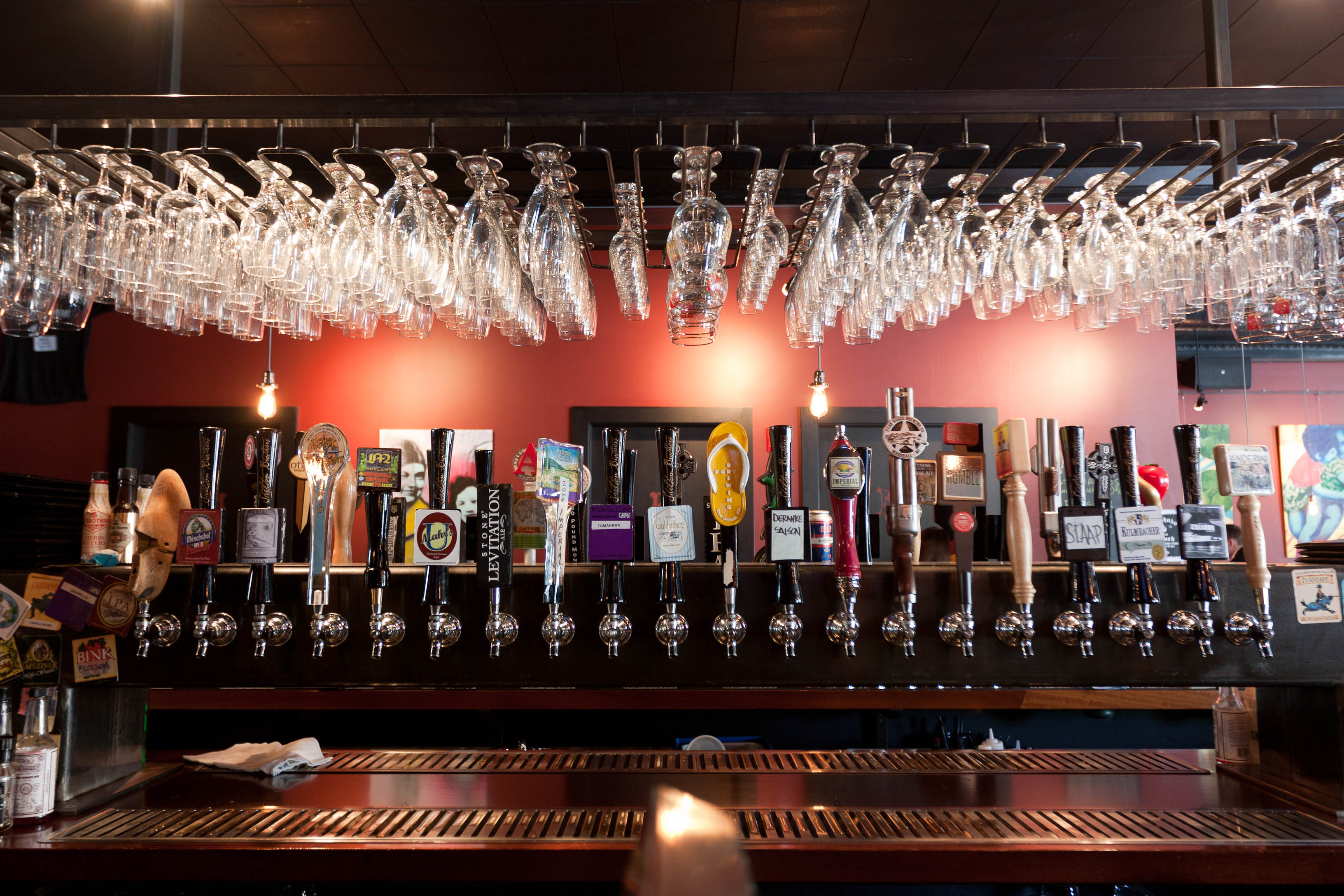 Top beer bars 11 craft beer bar 3264 x 2176