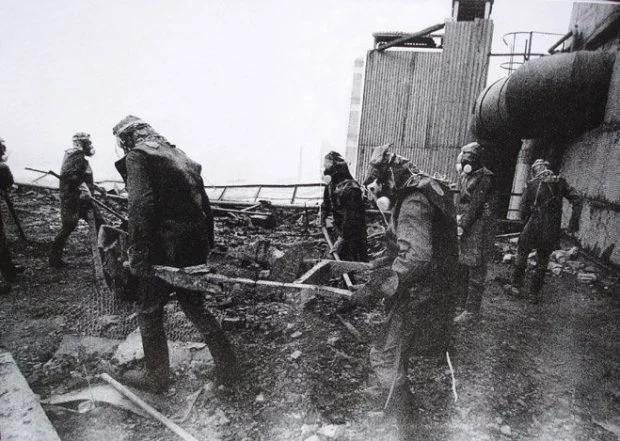 Ликвидаторы на Чернобыльской АЭС Ликвидаторы на Чернобыльской АЭС