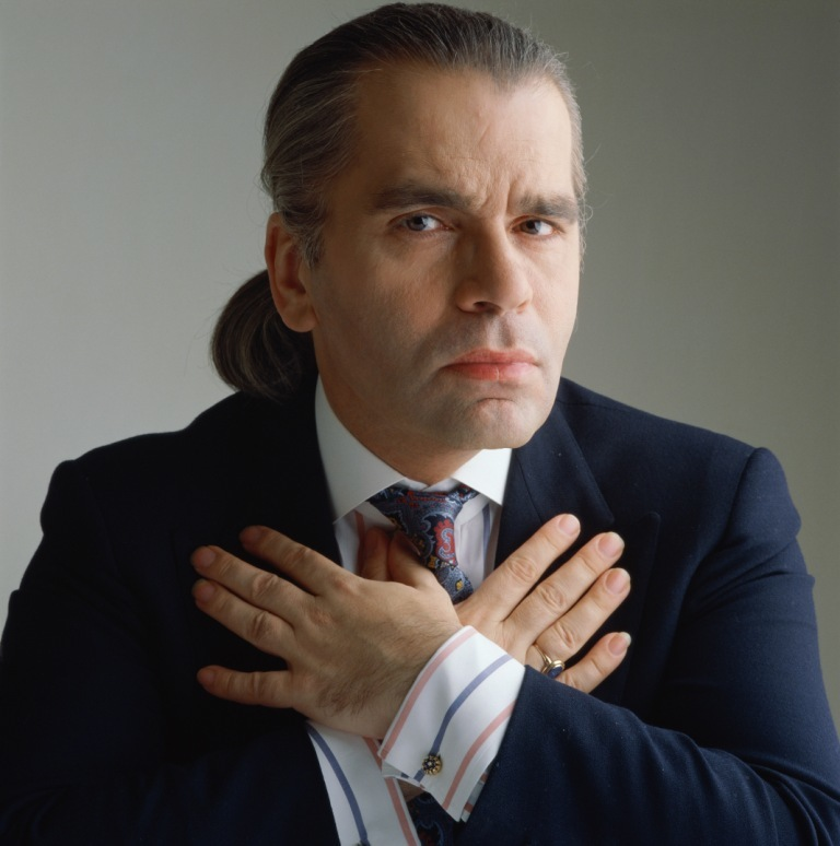 mokraya-odezhda-ot-orgazma-gimnastka-zasvetila-video