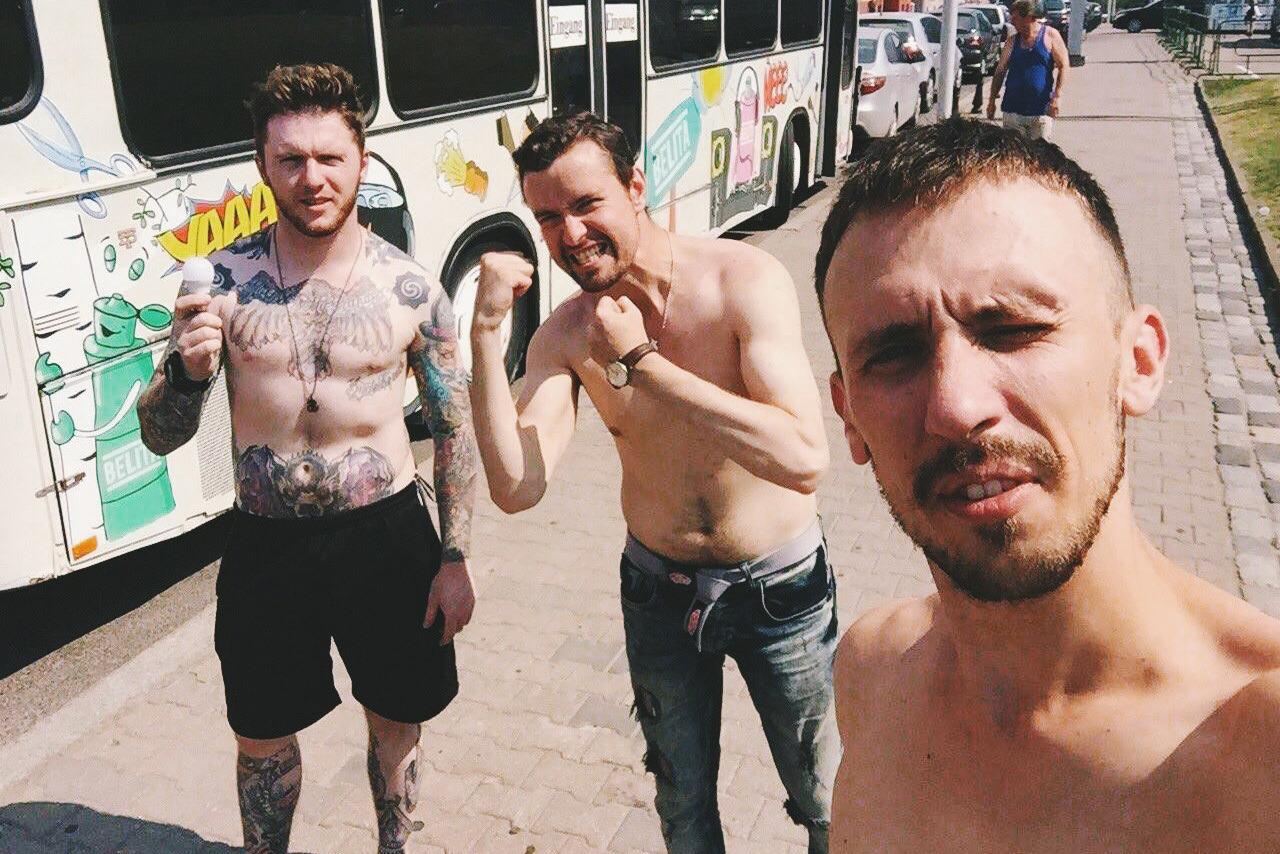 Секс в автобусе на глазах людей 4 фотография