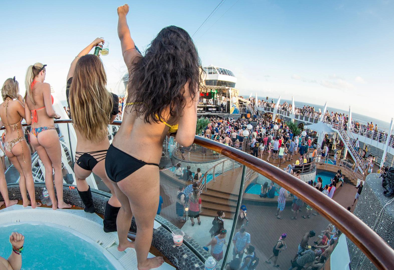 Секс на круизных лайнерах