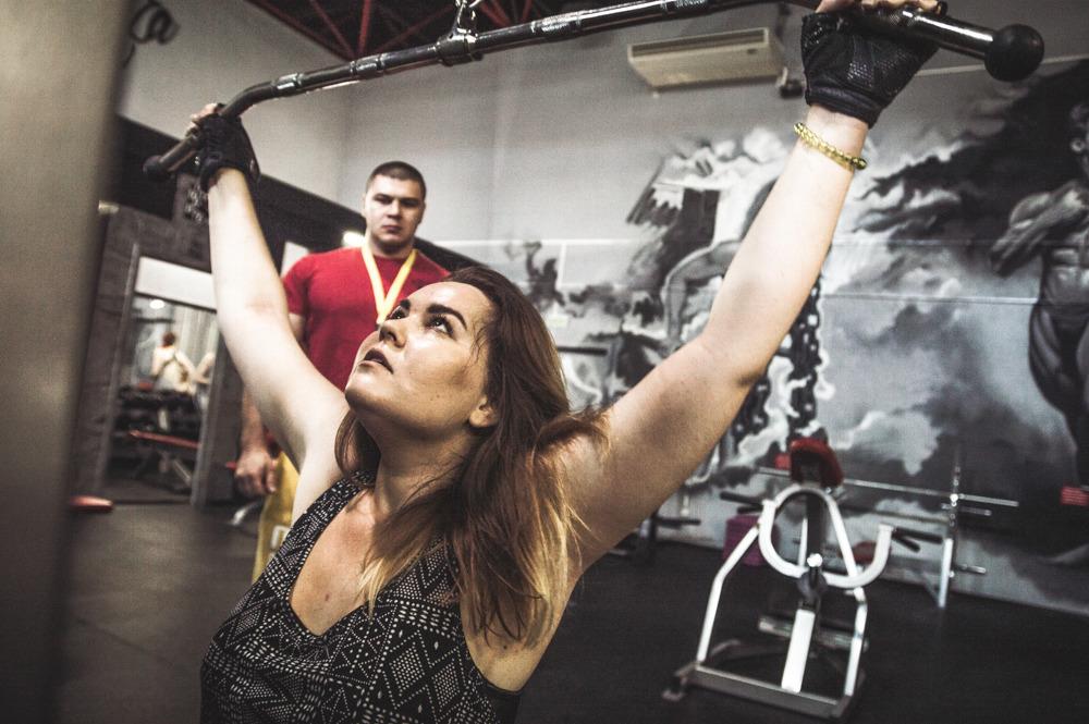 Тренировка зал секс