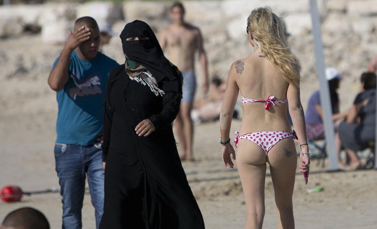 Islamic bikini's