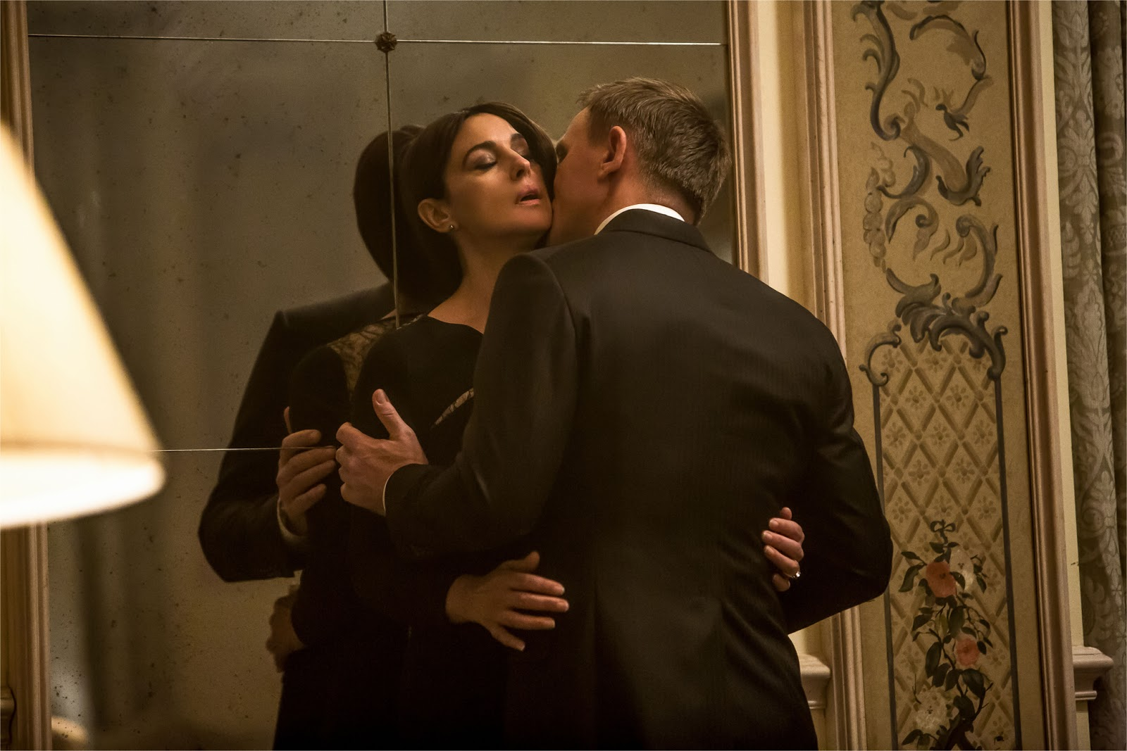 James bond spectre daniel craig monica bellucci 024