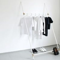 Thumb love aesthetics diy leaning rack 05